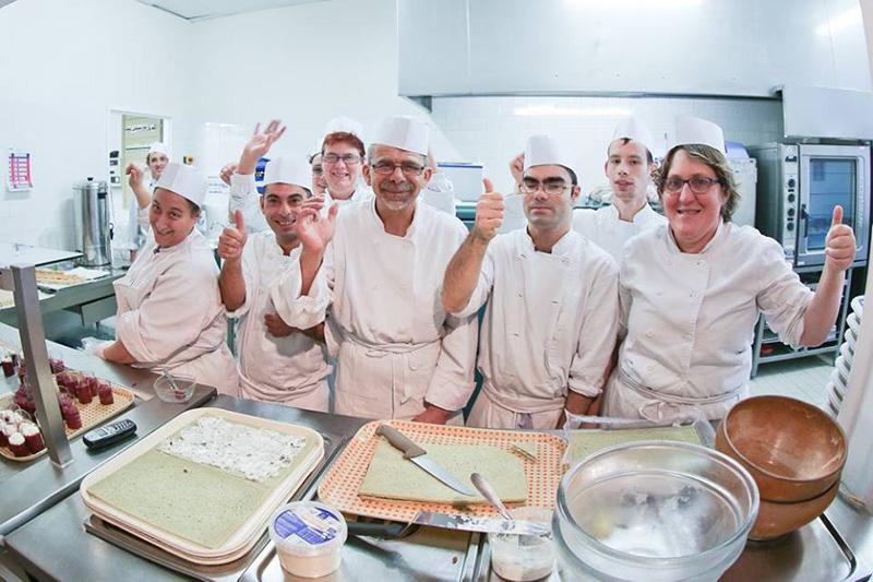 Materiel cuisine industriel occasion divers besoins de for Materiel cuisine collective